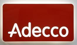 Adecco, premier groupe d'intérim mondial, a dit jeudi qu'il restait convaincu de pouvoir atteindre ses objectif de marge en 2015 après avoir fait part de résultats conformes aux attentes au premier trimestre. /Photo d'archives/REUTERS/Christian Hartmann