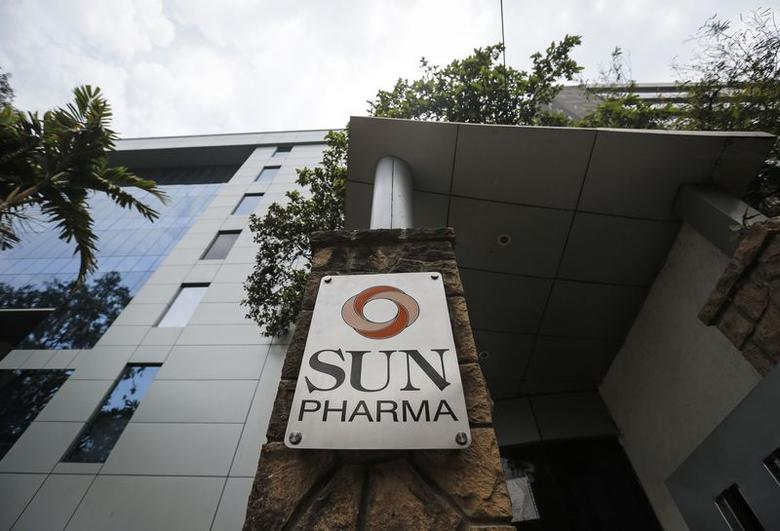A logo of Sun Pharmaceutical Industries Ltd at its research and development center in Mumbai April 7, 2014.  REUTERS/Danish Siddiqui/Files