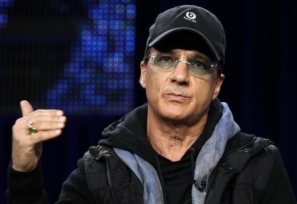 Jimmy Iovine takes part in a panel discussion for the show ''American Idol'' at the Fox Broadcasting Company Winter Press Tour 2011 for the Television Critics Association in Pasadena, California January 11, 2011.  REUTERS/Lucy Nicholson/Files