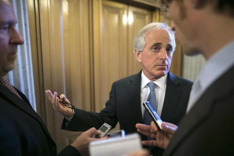U.S. Senator Bob Corker (R-TN) talks to reporters after the weekly Republican caucus luncheon at the U.S. Capitol in Washington April 29, 2014.  REUTERS/Jonathan Ernst
