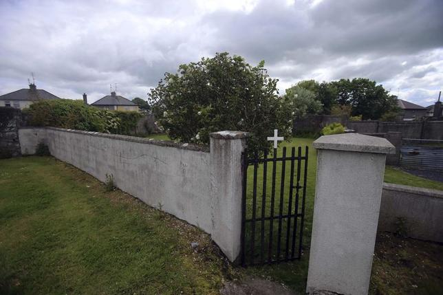 The entrance to the site of a mass grave of hundreds of children who died in the former Bons Secours home for unmarried mothers is seen in Tuam, County Galway June 4, 2014. REUTERS/Stringer
