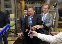 Шеф Газпрома Алексей Миллер перед газовыми переговорами в Брюсселе 9 июня 2014 года. REUTERS/Laurent Dubrule
