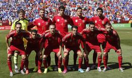 Seleção da Espanha tira foto antes de amistoso internacional contra El Salvador, parte dos preparativos dos espanhóis para o Mundial no Brasil, em 7 de junho de 2014. REUTERS/Gary Cameron