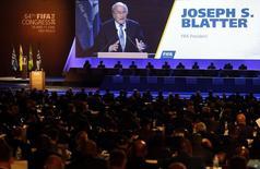 Presidente da Fifa, Joseph Blatter, aparece em telão durante discurso no Congresso da Fifa em São Paulo, nesta quarta-feira, 11 de junho. REUTERS/Paulo Whitaker
