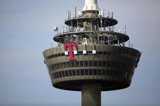 Deutsche Telekom se concentre actuellement sur l'intégration de GTS Central Europe, un fournisseur d'infrastructures de fibre optique et de services, et ne projette aucune nouvelle acquisition en Europe orientale, a déclaré Claudia Nemat, l'un des membres de son directoire. /Photo d'archives/REUTERS/Wolfgang Rattay