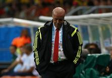 Técnico espanhol Vicente Del Bosque durante partida contra Holanda, na Arena Fonte Nova, em Salvador. 13/6/2014 REUTERS/Michael Dalder