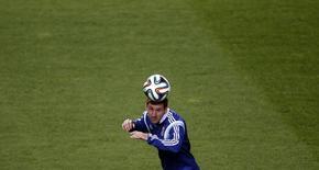 Argentino Lionel Messi, que estará no centro das atenções em estreia na Copa no Maracanã, treina no estádio em Belo Horizonte. 11/6/2014.  REUTERS/Sergio Perez
