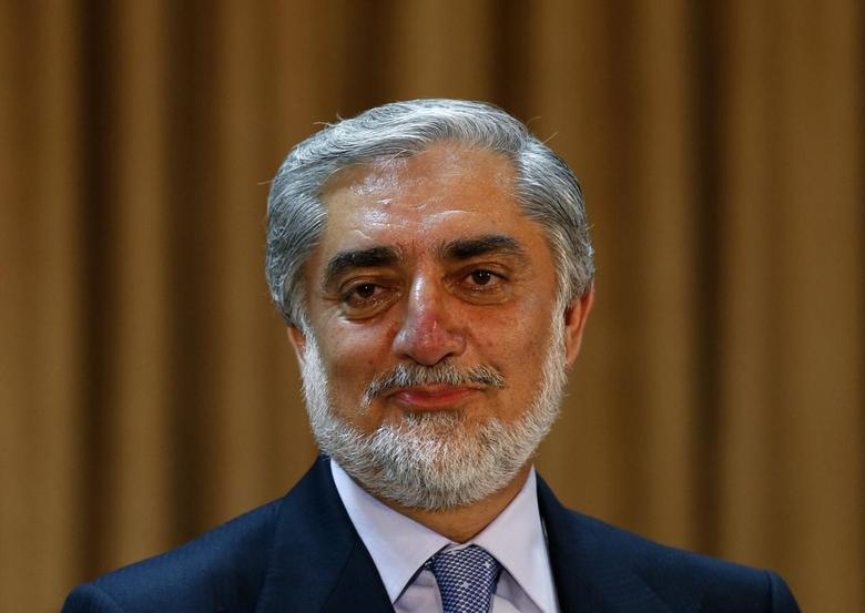 Afghan presidential candidate Abdullah Abdullah addresses a news conference in Kabul June 15, 2014.  REUTERS/Mohammad Ismail