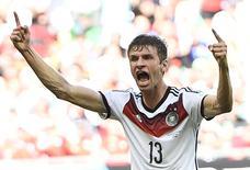 Mueller comemora gol marcado na vitória da Alemanha sobre Portugal. 16/06/2014 REUTERS/Dylan Martinez