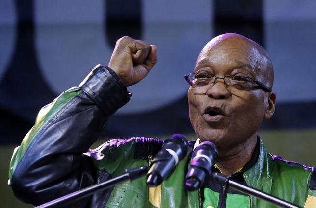 President Jacob Zuma addresses supporters at a victory rally of his ruling African National Congress (ANC) in Johannesburg, May 10, 2014. REUTERS/Mike Hutchings