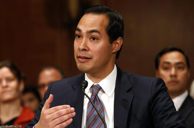 Julian Castro, nominee to be secretary of Housing and Urban Development, testifies before the Senate Banking Committee hearing on Capitol Hill in Washington, June 17, 2014. REUTERS/Yuri Gripas