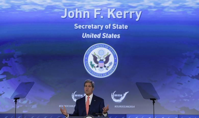 U.S. Secretary of State John Kerry delivers opening remarks at the ''Our Ocean'' conference at the State Department in Washington June 16, 2014.   REUTERS/Gary Cameron