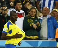 Valencia comemora gol do Equador em Curitiba.   REUTERS/Stefano Rellandini