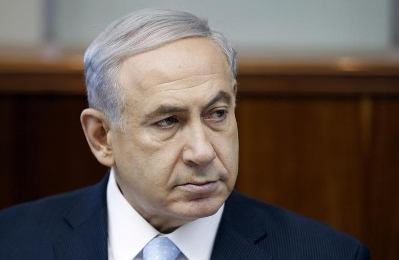 Israel's Prime Minister Benjamin Netanyahu attends the weekly cabinet meeting at his office in Jerusalem June 22, 2014.  REUTERS/Baz Ratner