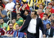 Técnico Wilmots comemora vitória da Bélgica.  REUTERS/Alessandro Garofalo
