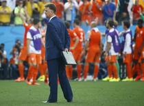 Técnico da Holanda, Louis van Gaal, em partida contra Chile na Arena Corinthians, em São Paulo. 23/6/2014 REUTERS/Kai Pfaffenbach