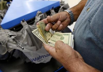 U.S. second-quarter growth forecasts cut on tepid...