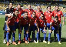 Seleção chilena, eliminada em partida contra o Brasil definida nos penâltis, no estádio Mineirão, em Belo Horizonte. 28/6/2014. REUTERS/Eric Gaillard