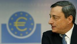European Central Bank (ECB) President Mario Draghi addresses the monthly ECB news conference in Frankfurt November 7, 2013. REUTERS/Ralph Orlowski