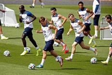 Jogadores da seleção da França treinam em Ribeirão Preto. 01/07/2014. REUTERS/Charles Platiau