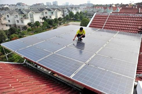 China repeats call to levy duties on EU solar panel makers