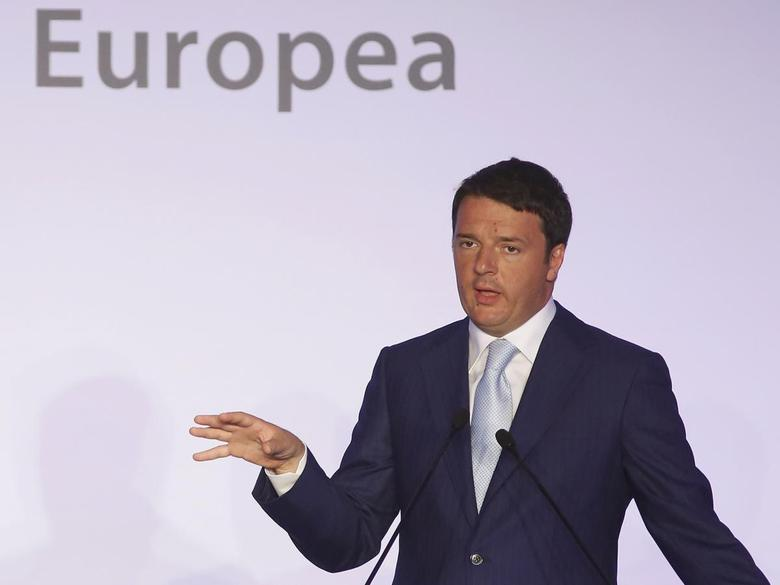 Italian Prime Minister Matteo Renzi talks during a joint news conference with European Commission President Jose Manuel Barroso at the end of a meeting at Villa Madama in Rome July 4, 2014. REUTERS/Remo Casilli