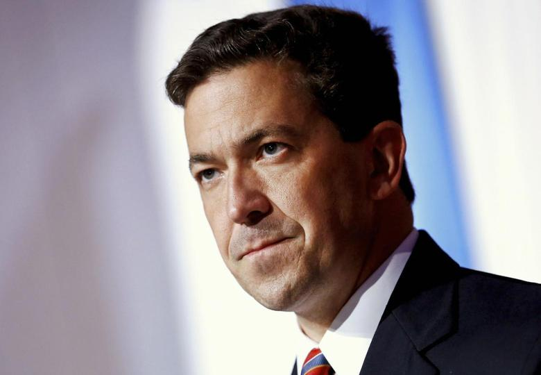 Tea Party candidate Chris McDaniel delivers a concession speech in Hattiesburg, Mississippi in this June 24, 2014 file photo. REUTERS/Jonathan Bachman/Files
