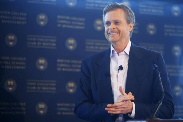 Nike CEO Mark Parker speaks at the Boston College CEO's Club of Boston luncheon in Boston, Massachusetts May 1, 2014. REUTERS/Brian Snyder