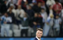 Técnico da seleção da Holanda, Louis van Gaal, durante partida contra a Argentina pelas semifinais da Copa do Mundo, na Arena Corinthians, em São Paulo. 9/06/2014. REUTERS/Sergio Moraes
