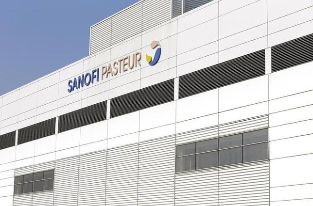 A view shows the logo of Sanofi Pasteur on a building at the French drugmaker's vaccine unit Sanofi Pasteur plant in Neuville-sur-Saone, near Lyon, March 14, 2014. REUTERS/Robert Pratta