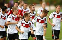 Seleção da Alemanha participa de treino em Santo André (BA). 10/7/2014  REUTERS/Arnd Wiegmann (BRAZIL  - Tags: SOCCER SPORT WORLD CUP)