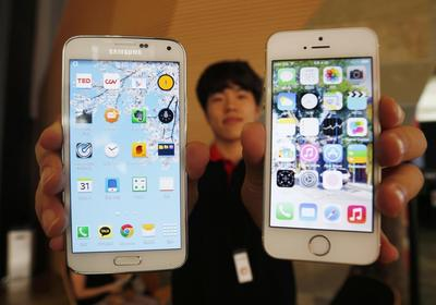 Samsung battles on two fronts as Apple readies iPhone...
