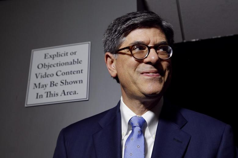 U.S. Treasury Secretary Jack Lew takes a question from a reporter during a cybersecurity-related tour of a Verizon network operations center at their facility in Ashburn, Virginia July 15, 2014. REUTERS/Jonathan Ernst