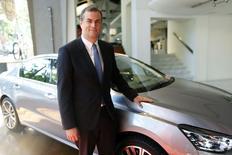Maxime Picat, directeur général de la marque Peugeot. Le groupe PSA Peugeot Citroën a enregistré au premier semestre une hausse de 5,5% de ses ventes en volume,  la reprise en Europe et la vigueur du marché chinois compensant les difficultés persistantes du constructeur sur plusieurs marchés émergents. /Photo prise le 17 juillet 2014/REUTERS/Charles Platiau