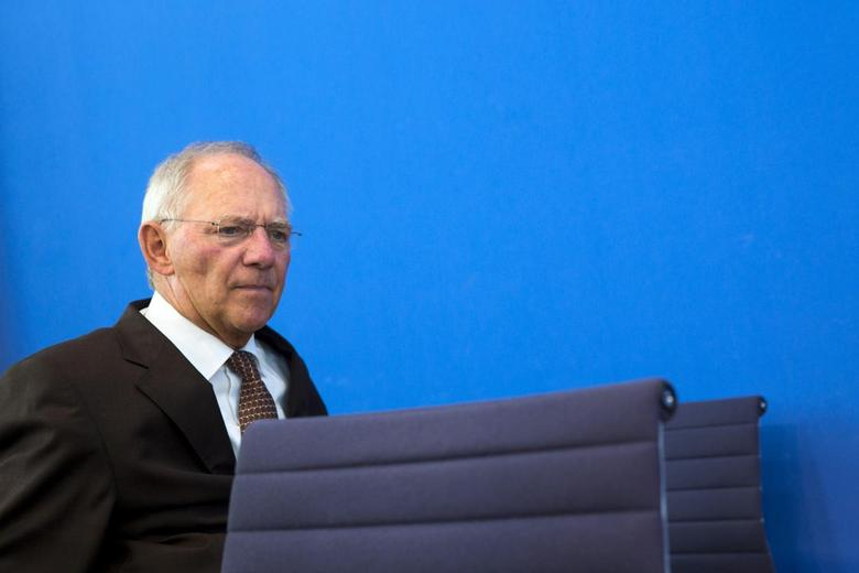 German Finance Minister Wolfgang Schaeuble arrives at a news conference to present the 2015 federal budget draft in Berlin July 2, 2014. REUTERS/Thomas Peter