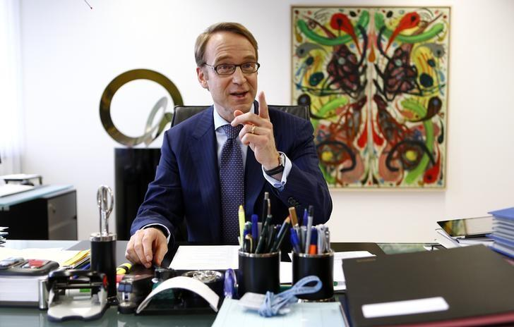 Germany's federal reserve Bundesbank President Jens Weidmann poses in his office in the Bundesbank headquarters during a photo shoot with Reuters in Frankfurt May 17, 2013. REUTERS/Kai Pfaffenbach
