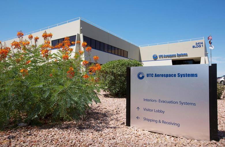 United Technologies Corp Aerospace Systems in Phoenix, Arizona, July 11, 2014.  United Technologies Corp posted an 8 percent increase in quarterly net profit, helped by sales of its elevators and aircraft parts, and the diversified U.S. manufacturer gave a more bullish profit outlook for 2014. REUTERS/Nancy Wiechec