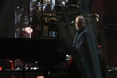 Cantor Billy Joel se apresenta no Madison Square Garden, em Nova York. 12/12/2012.  REUTERS/Lucas Jackson