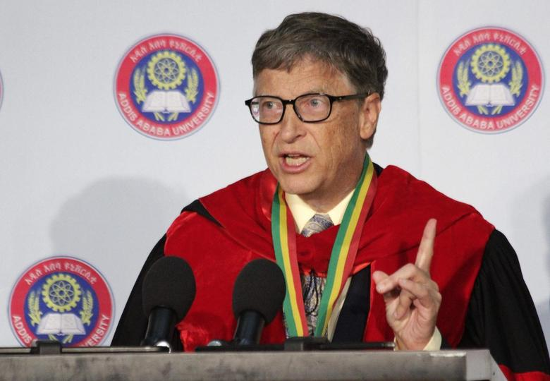Microsoft technology advisor Bill Gates delivers an address during an awards ceremony which confers an honorary Doctorate Degree on the Microsoft founder at the Addis Ababa University July 24, 2014.   REUTERS/Tiksa Negeri