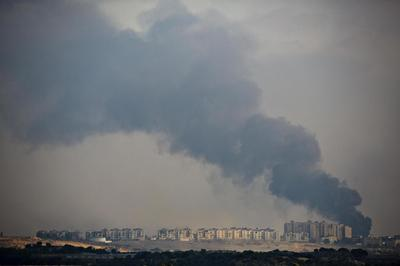 Israel intensifies Gaza assault, Egyptians revise...