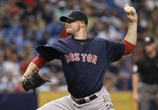 Jul 25, 2014; St. Petersburg, FL, USA; Boston Red Sox starting pitcher Jon Lester (31) throws a pitch during the second inning against the Tampa Bay Rays at Tropicana Field. Kim Klement-USA TODAY Sports