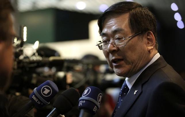 Yang-ho Cho, PyeongChang 2018 Winter Olympic bid Chairman delivers a statement after their presentation to the International Olympic Committee members at the Olympic Museum in Lausanne May 18, 2011. REUTERS/Denis Balibouse