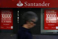Agência do Santander no centro de Madri. 30/07/2013.  REUTERS/Susana Vera