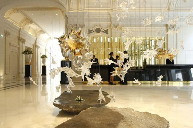 View of the lobby at the Peninsula Paris luxury hotel in Paris July 30, 2014. REUTERS/Benoit Tessier