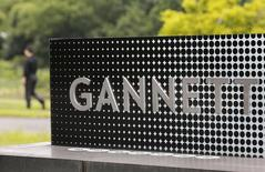 Gannett Co Inc, l'éditeur de USA Today, a annoncé mardi qu'il allait racheter les 73% qu'il ne détient pas encore dans le site internet Cars.com pour environ 1,8 milliard de dollars (1,35 milliard d'euros) en numéraire. /Photo d'archives/REUTERS/Larry Downing
