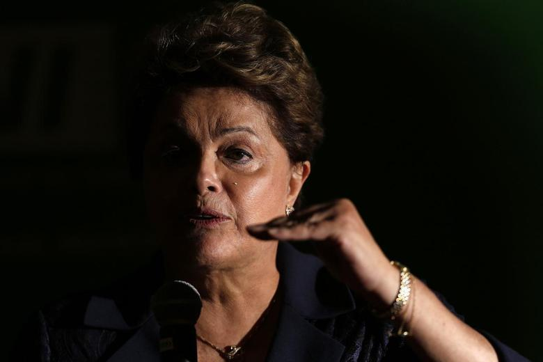 Brazil's President Dilma Rousseff speaks during a news conference after a meeting at the CNI headquarters in Brasilia, July 30, 2014. REUTERS/Ueslei Marcelino