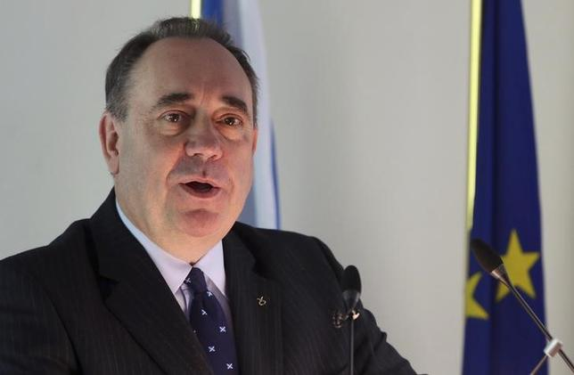 Scotland's First Minister Alex Salmond delivers a speech at the College of Europe in Bruges April 28, 2014. REUTERS/Francois Lenoir
