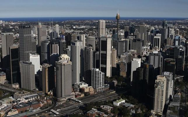 The Central Business District is seen from the air on a sunny winter afternoon in Sydney August 24, 2013.  REUTERS/Daniel Munoz