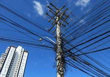 Cabos de energia em Salvador. REUTERS/Yves Herman