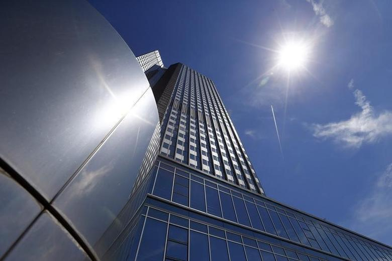 The headquarters of the European Central Bank (ECB) is pictured prior to the bank's monthly news conference in Frankfurt July 3, 2014. REUTERS/Ralph Orlowski